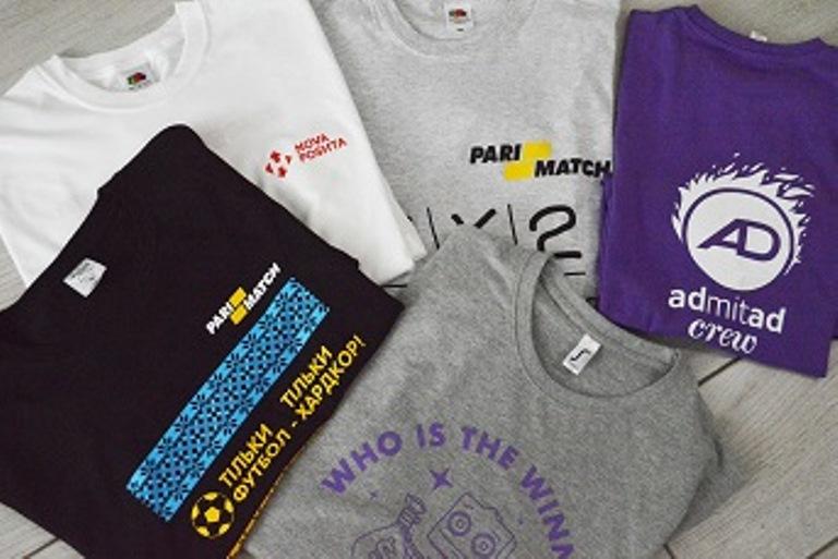 Заказать футболки с логотипом в Москве